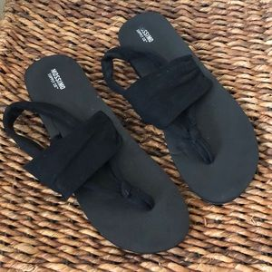 Mossimo Supply Co. black fabric sandals